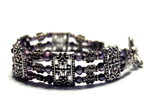 Joyfull lilac armband 3-radigt