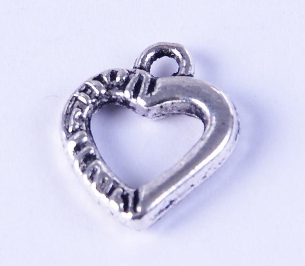 Silverhjärtat berlock i tibetsilver, smyckesmaterial i malmö